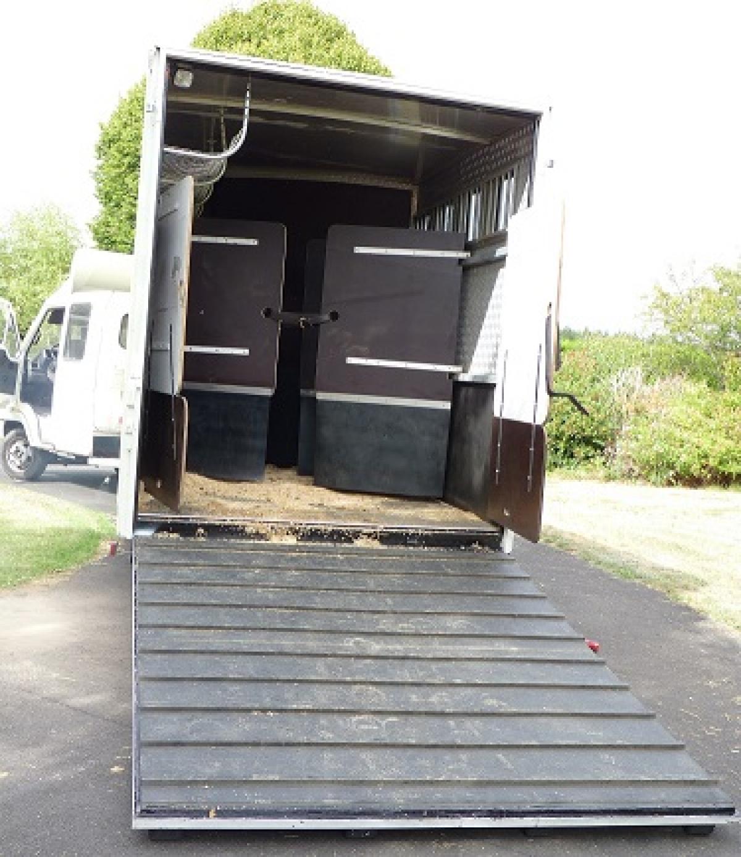 semi remorque vl pour chevaux autres maine et loire 49 pays de. Black Bedroom Furniture Sets. Home Design Ideas